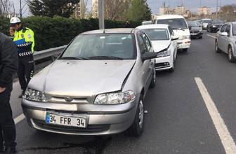 Zincirleme kazada 5 araç birbirine girdi