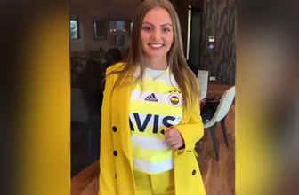 Alexandra Stan'den Fenerbahçe'ye destek!