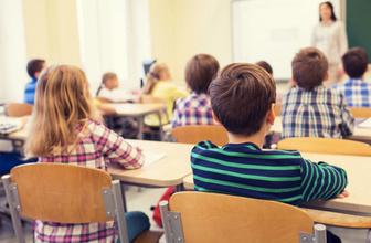 1 Nisan'da okullar tatil mi MEB resmi tatil açıklaması