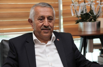 Mehmet Zeybek aslen nereli eşi ve 3 çocuğu kimdir-biyografisi
