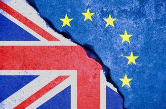 İngiltere krizin eşiğinde 15'e yakın bakan vekil istifa edecek