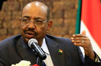 Sudan'da darbe oluyor! Gelen son dakika haberlere göre Ömer El Beşir istifa etti
