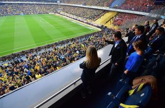 Ekrem İmamoğlu Fenerbahçe Galatasaray derbisinde