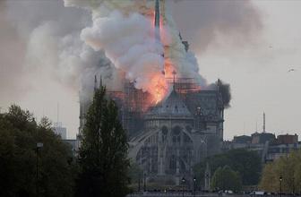 Paris'te Notre Dame Katedrali'nde yangın çıktı