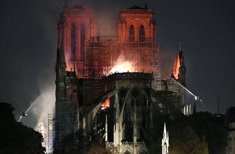 Notre Dame'ın içindeki değerli eserler yangından kurtarıldı