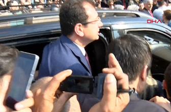 Ekrem İmamoğlu, mazbatasını almak üzere İstanbul Adliyesi'ne böyle geldi
