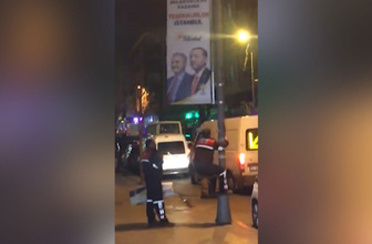 """""""Teşekkürler İstanbul"""" afişleri indirildi"""