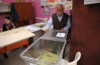 Mazbatayı veren YSK İstanbul seçimini iptal edebilir ünlü hukukçu açıkladı
