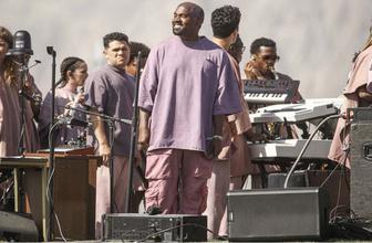 Kanye West'ten çölde sıra dışı konser