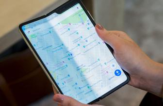 Samsung katlanabilir telefonunun satışları apar topar durduruldu