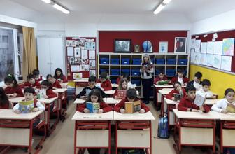 24 Nisan tatil mi perşembe günü okul var mı 2019