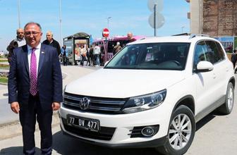 Yalova Belediye Başkanı Vefa Salman makam aracını iade etti!