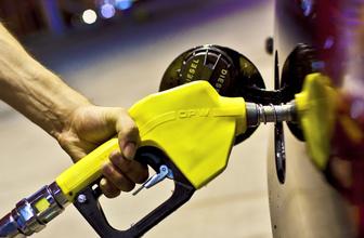 Benzin fiyatı güncel zam mı geldi kaç para güncel fiyat listesi