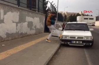 Diyarbakır'da utandıran görüntü eşi ve çocuğuna yolda şiddet uyguladı