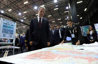 """Hulusi Akar """"YPG'nin sınırdan en az 30-40 kilometre güneye götürülmesini istedik"""""""