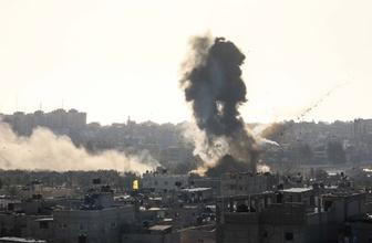 İsrail ordusu Gazze'de AA'nın ofisinin bulunduğu binayı vurdu