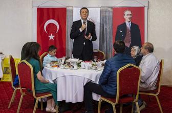 Milli Eğitim Bakanı Ziya Selçuk şehit öğretmenlerin ailelerine iftar verdi