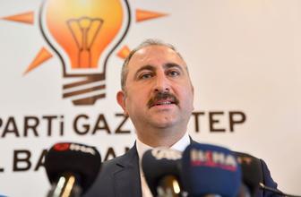 """Adalet Bakanı Gül: """"YSK'nin kararlarına saygı duymak bir hukuk devletinin olmazsa olmazıdır"""""""