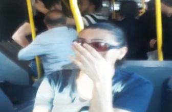 Metrobüste yer kavgası anbean kamerada! Ortalığı birbirine kattılar