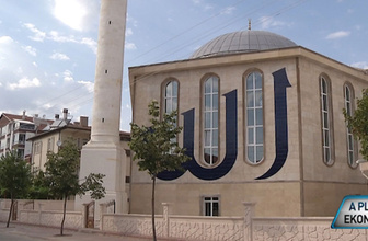 Kırşehir'de Hamidiye Camii görenleri hayrete düşürdü