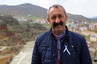 Tunceli'nin Komünist Başkanı Mehmet Fatih Maçoğlu'na traktör hediye etti