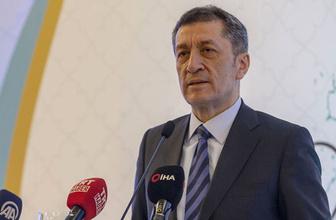 Milli Eğitim Bakanı Ziya Selçuk yeni eğitim takvimini açıkladı ara tatil geldi