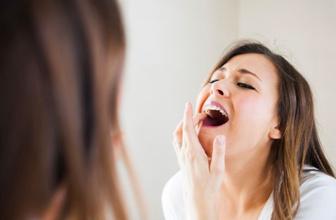 Diş sağlığına zararlı ve yararlı besinleri birbirinden ayırın