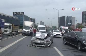Basın ekspres yolunda 7 araç bir birine girdi