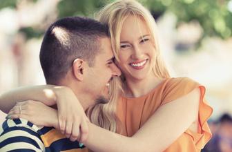 Karı koca çıplak halde birbirine sarılırsa oruç bozulur mu?