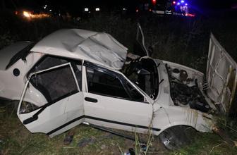 Adana'da feci kaza 2 ölü 2 yaralı
