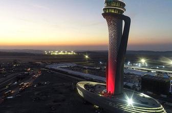 İstanbul Havalimanlarında rötar! Uçaklar yönlendiriliyor, zorunlu iniş yapıyor