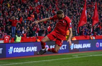 Cenk Tosun: Galatasaray şampiyonluğu hak etti