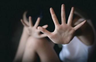 Çocuk istismarını anlatan kitapta iğrenç satırlar... Sosyal medyada infial