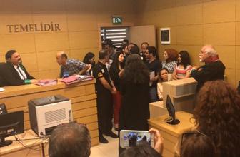 Avukatın etek boyuna takan hakim Mehmet Yoylu görevden uzaklaştırıldı
