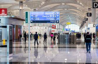 Bayram dönüşü İstanbul Havalimanı'nda yoğunluk arttı