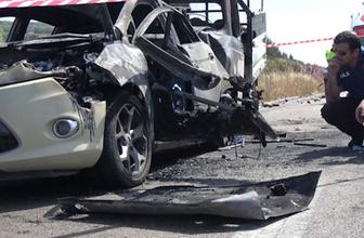 Bursa'da kamyonet emniyet şeridindeki otomobile çarptı 1 ölü, 1 yaralı