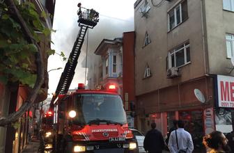 Kadıköy'de ahşap konakta yangın