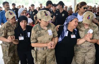 Şehit Uzman Onbaşı Eren Yücel, gözyaşlarıyla son yolculuğuna uğurlandı