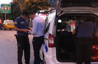 Beşiktaş'ta otomobilden düşen paralar yola saçıldı