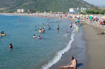 Antalya Gazipaşa'da Suriyeli mültecilere plaj yasağı