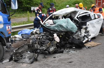 Sinop'ta korkunç kaza: 2 üniversiteli genç öldü 1 kişi yaralandı
