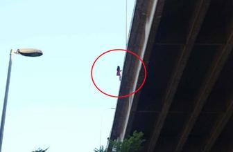 Nefesler tutuldu! 15 Temmuz Şehitler Köprüsü'nde intihar girişimi