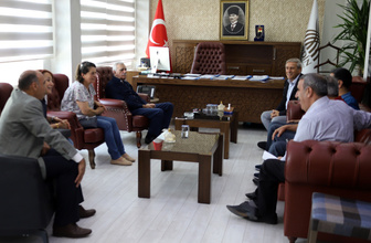 CHP Genel Başkan Yardımcısı Kaya'dan Mardin'de HDP'li eş başkanlara ziyaret