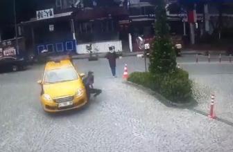 Maslak'ta taksicinin yolda yürüyen genç kızı ezme anı kamerada