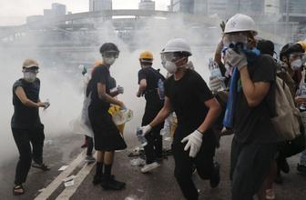 HongKong'da zanlıların Çin'e iadesiyle ilgili düzenleme askıya alındı