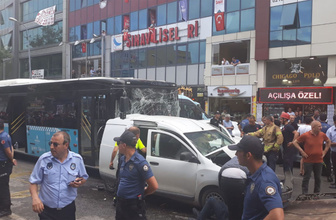 Ümraniye'de zincirleme trafik kazası