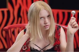 Üniversite sınavına giren Aleyna Tilki'nin siyah bikinisi olay oldu