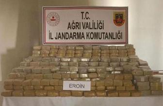 Ağrı'da tacirlere ağır darbe! Tam 585 kilo eroin ele geçirildi