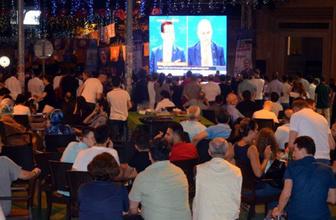 İstanbul adayları İmamoğlu ve Yıldırım  Zonguldak'ta ilgiyle izlendi