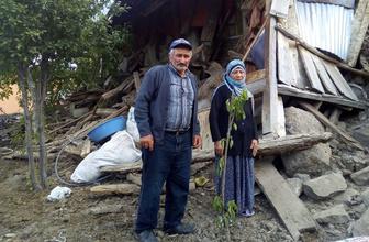 Erzurum'da yağmur sularından dolayı yaşlı çiftin evleri çöktü